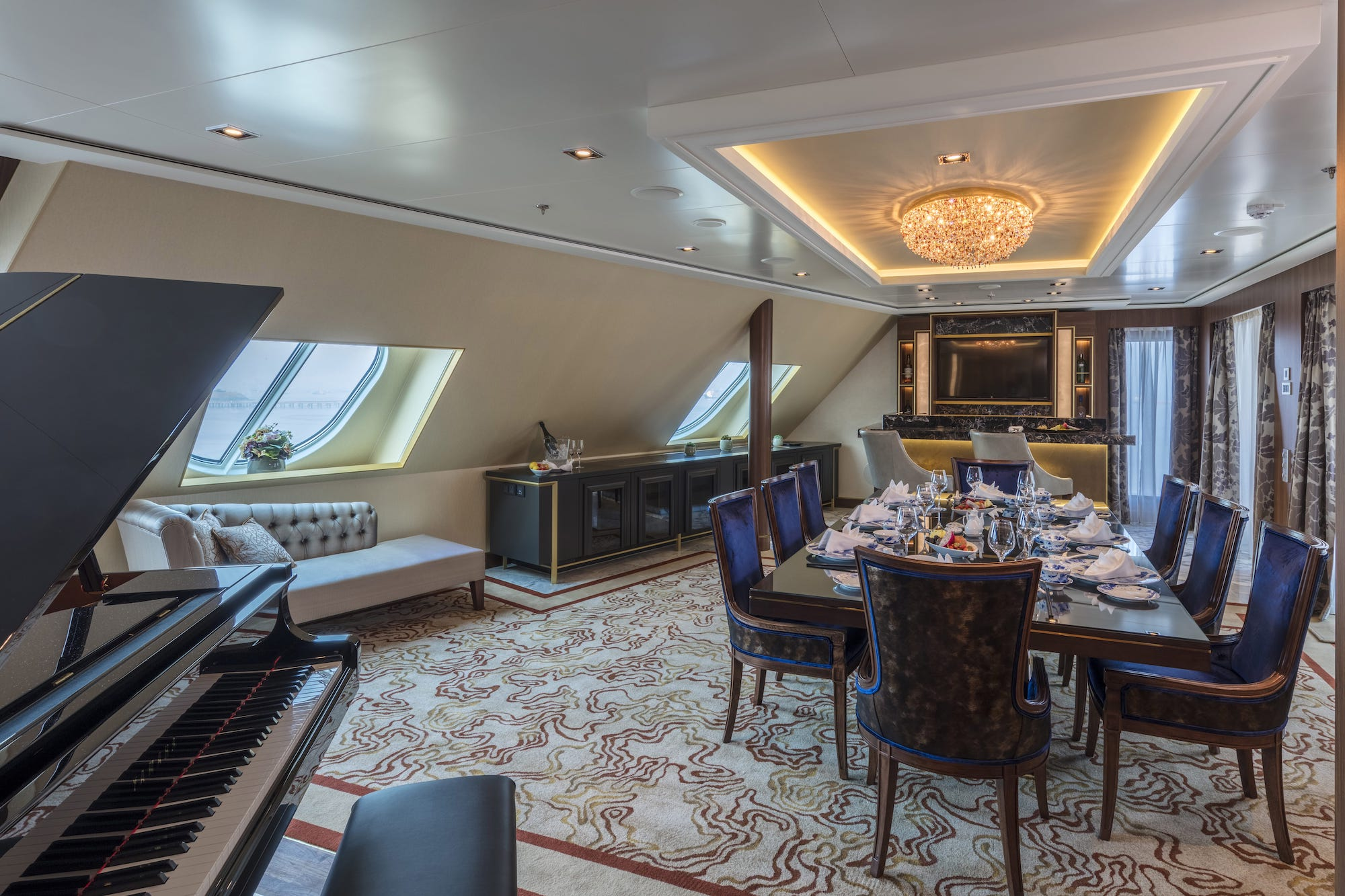 Dream Cruises Ark Travels